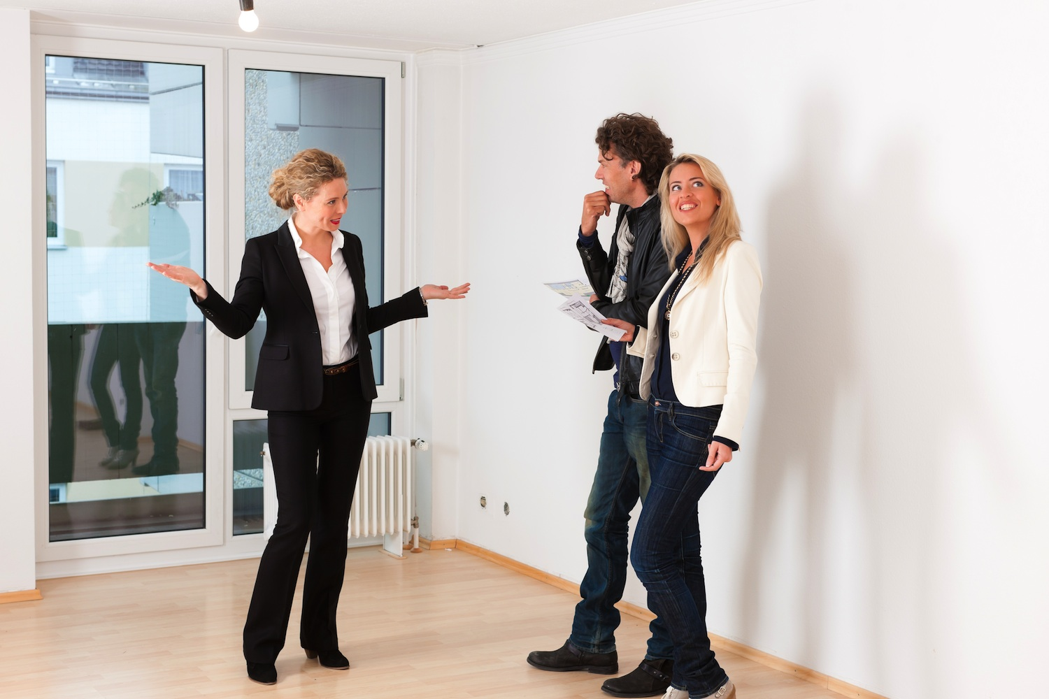 Showing a Property to Prospective Buyers