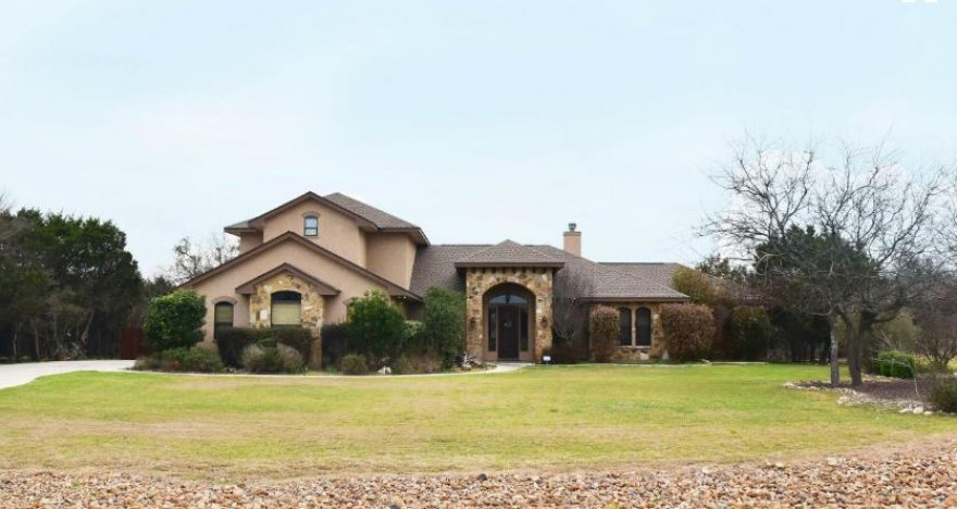 Home for Sale in New Braunfels TX | 2667 Trophy Point New Braunfels Texas 78132