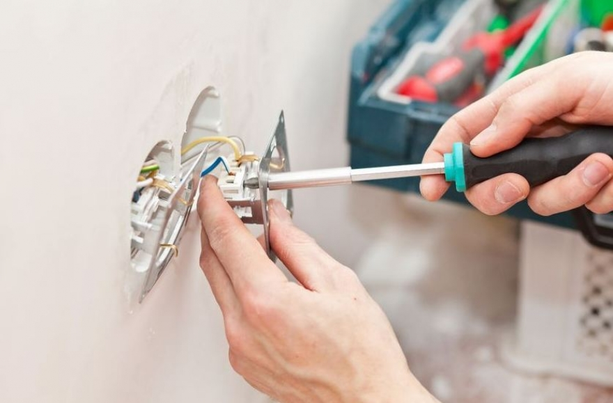 Home Upgrades That Calls For Residential Electrician Services