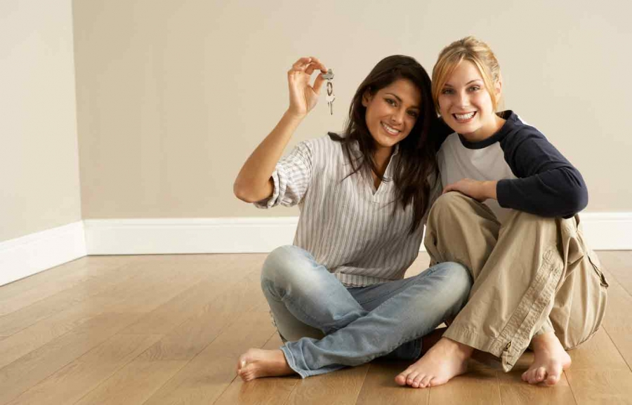 7 Tips for Renting with a Roommate