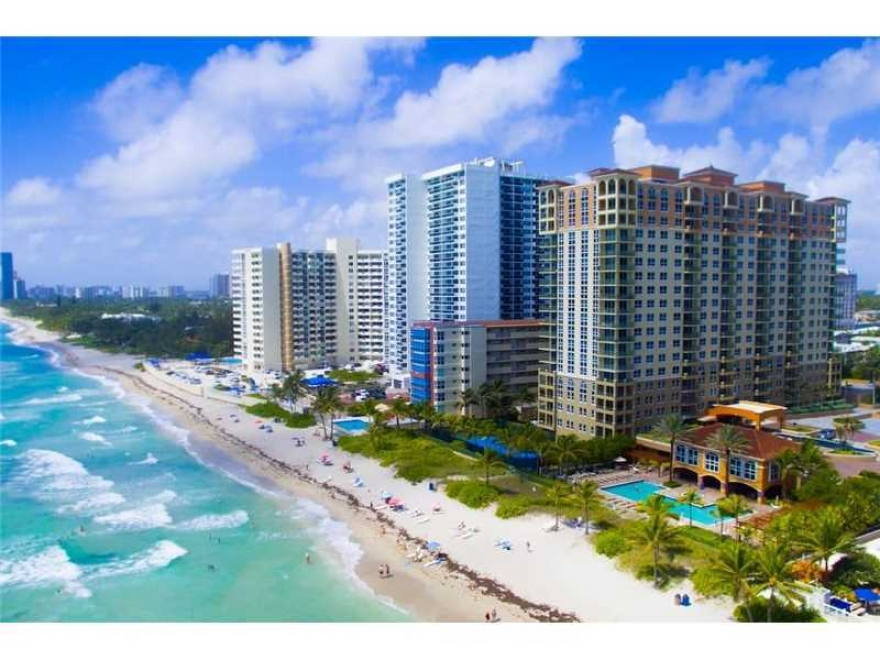 Rent this....2/2 oceanfront/beachfront condo, Hallandale Beach, FL 33009