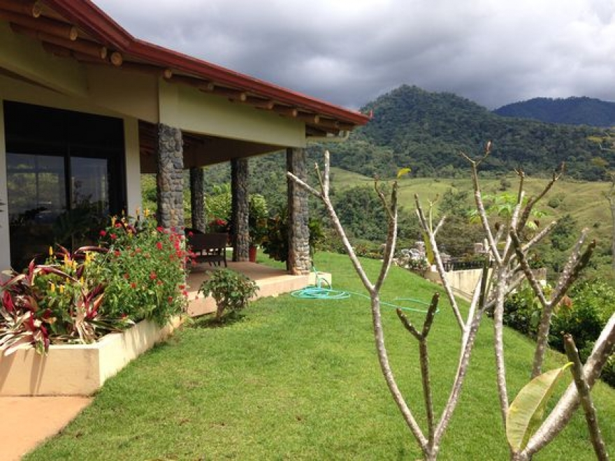 Why Should You Buy a House in the Costa Rican Mountains?