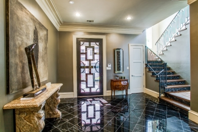 $1.685M Luxury Home of Designer Betsy Freeman Hits the Market