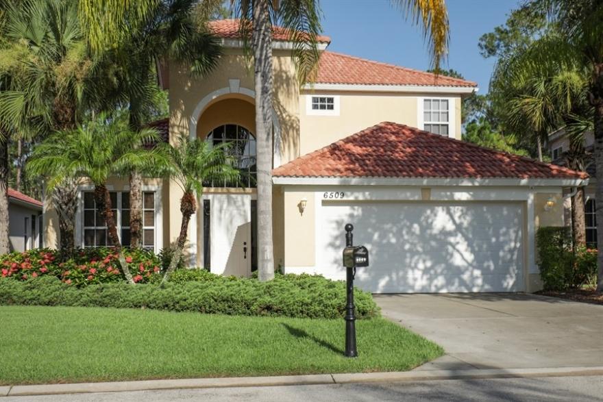 6509 Waverly Green Way | Carlton Lakes | Naples, FL | Single Family Home
