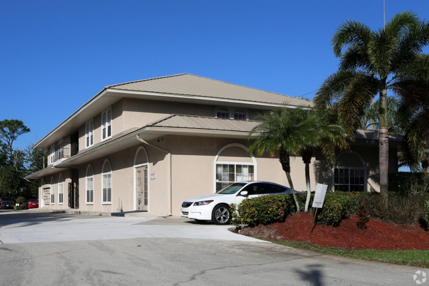 550 SE Port St. Lucie Blvd. Port Saint Lucie FL, 34984 for Sale