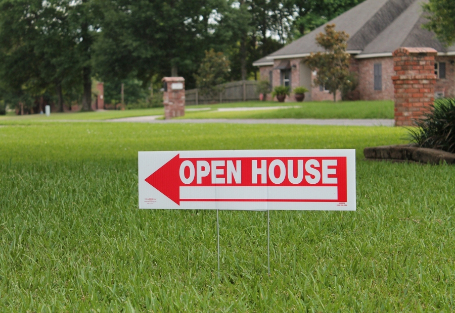 Home Sale Pro: Your 4-Step Guide to Having a Successful Open House