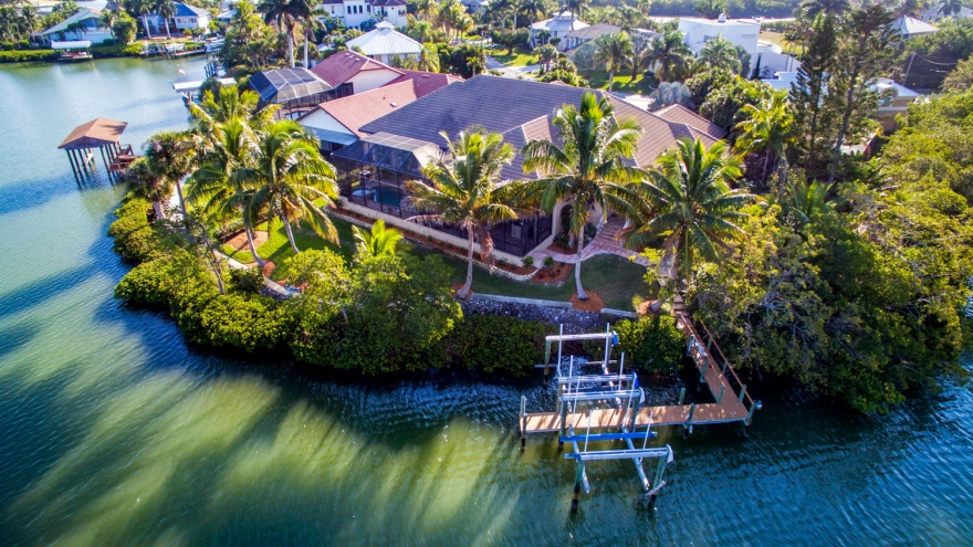 $2.495 Million Single-Story Bayfront Home Hits the Market