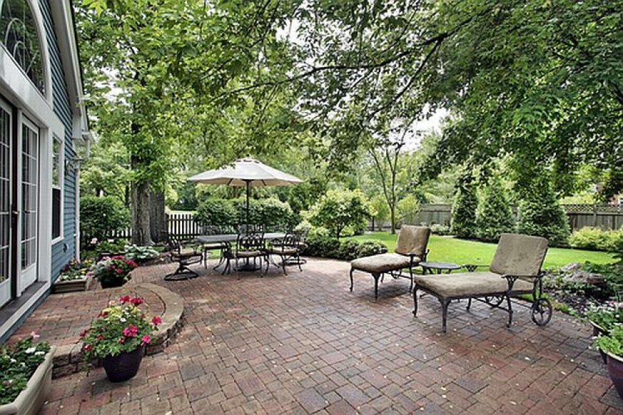 Easy Ways to Make Your Patio Look Great This Summer