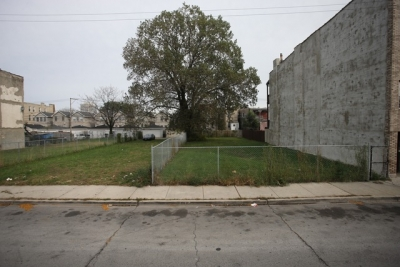 3655 South Indiana Avenue  VACANT LOT FOR SALE !!!