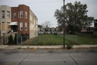 VACANT LOT FOR SALE GREAT DEAL 3649 SOUTH INDIANA AVENUE.
