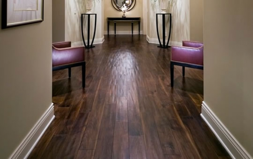 Want the Look and Feel of Natural Wood? Laminate Flooring Can Deliver it