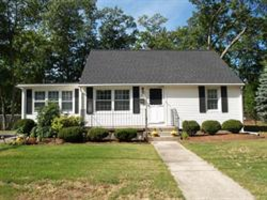Another Home UNDER AGREEMENT ~ 39 Campbell Dr. Lowell MA 01851 Presented by Chris Tryon