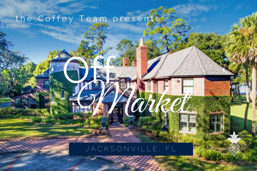 Comfort and elegance are yours in this lovely luxury home for sale in Jacksonville FL.