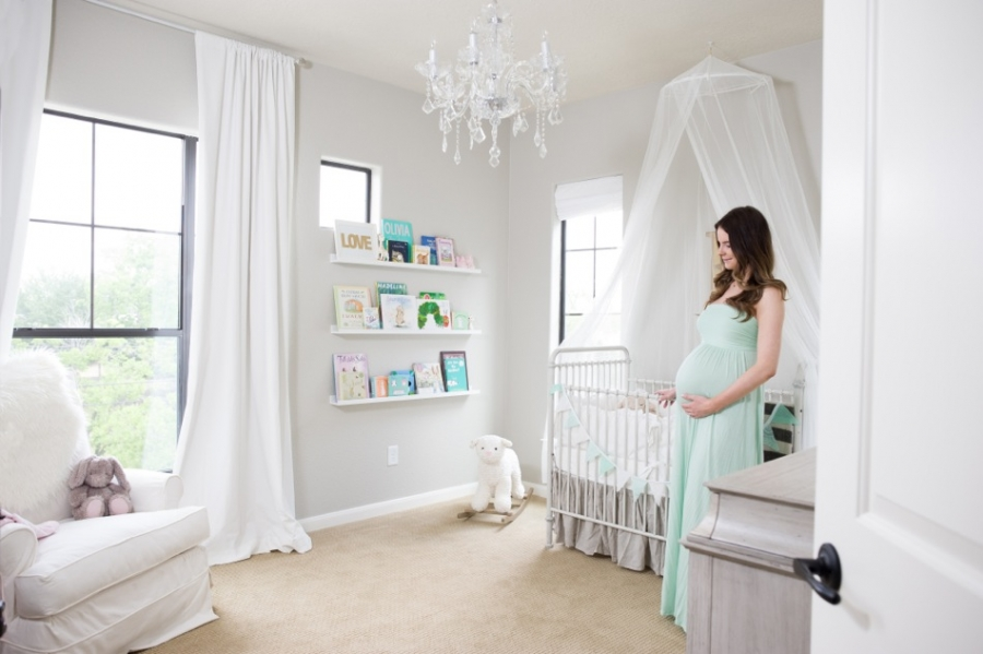 How To Decorate a Nursery on Budget