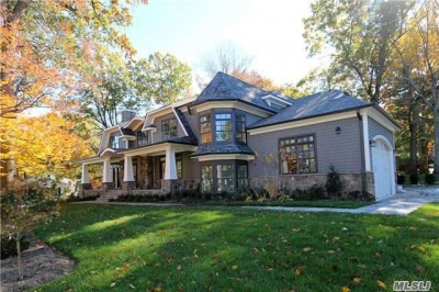Live The Hampton Style In This Spectacular Brand New Construction In East Hills