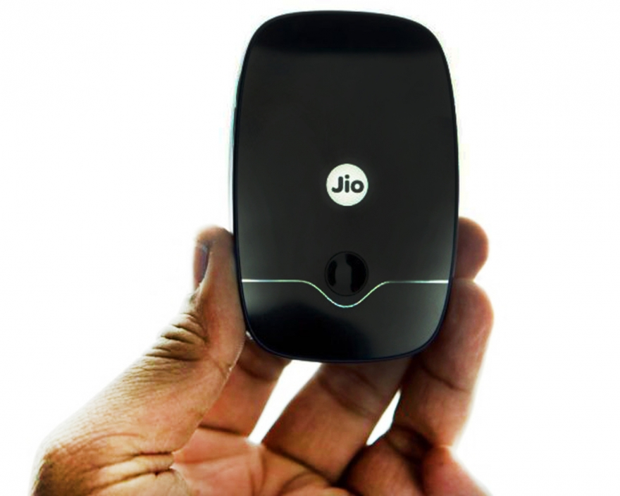 Relaince Jio Launches New 4G SIM Card