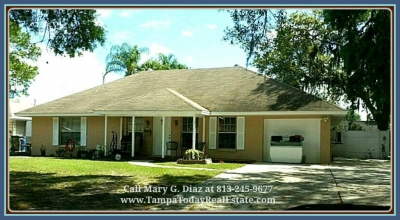 4 Bedroom Home for Sale with a Pool in Tampa FL | 6805 Wilshire Ct
