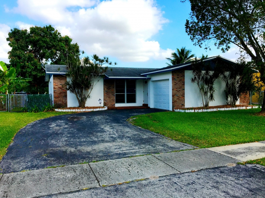 OPEN House! May 27 from 1pm to 3pm 511 NW 99th Way, Pembroke Pines, FL 33024