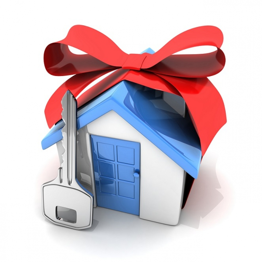 What to Know Before You Give the Gift of Real Estate
