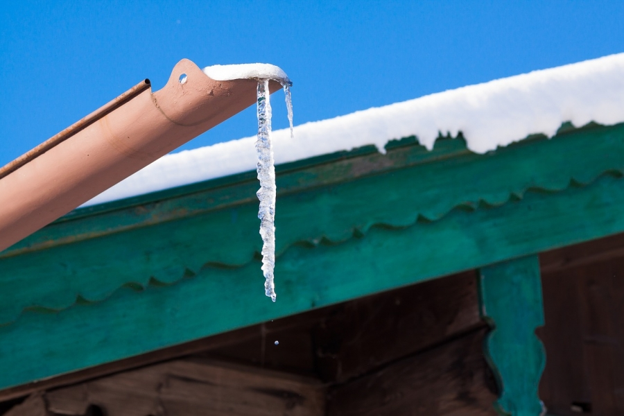 Roof Maintenance Tips in Different Seasons