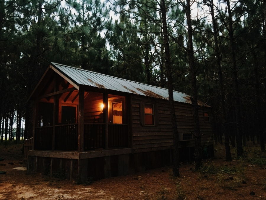 Tips for Getting a Cabin Ready for Sale