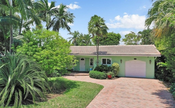1932 Coral Gardens Dr.