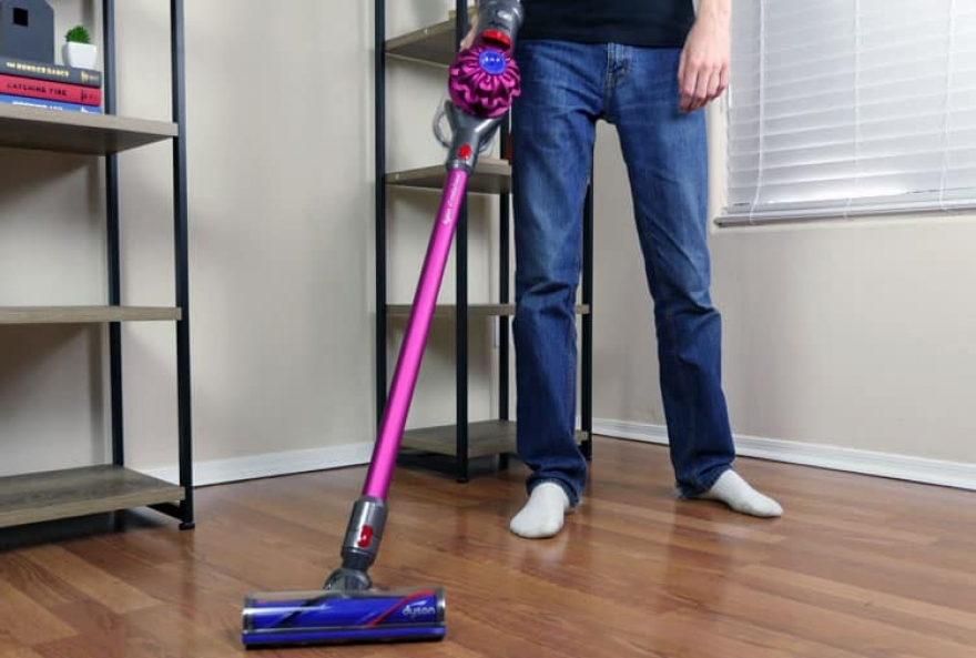 Cordless vacuum - A Comparison Guide Between Dyson and Shark
