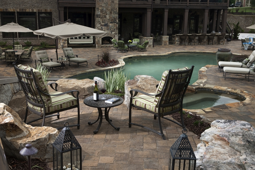 Increase Your Property Value with a Popular Paver Patio