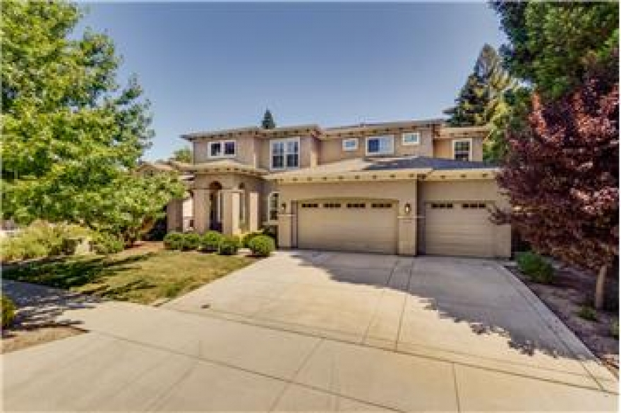 Beautiful Home in Pocket Area in Sacramento