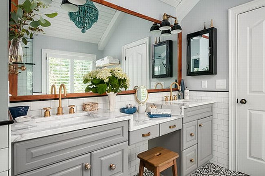 Best Renovations for Small Bathrooms