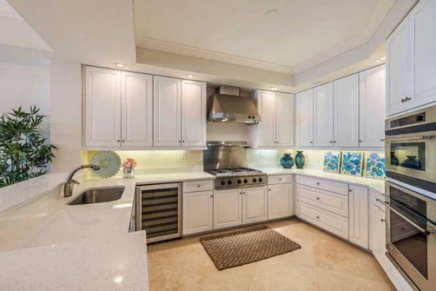 Gorgeous Grand Excelsior Condo For Sale