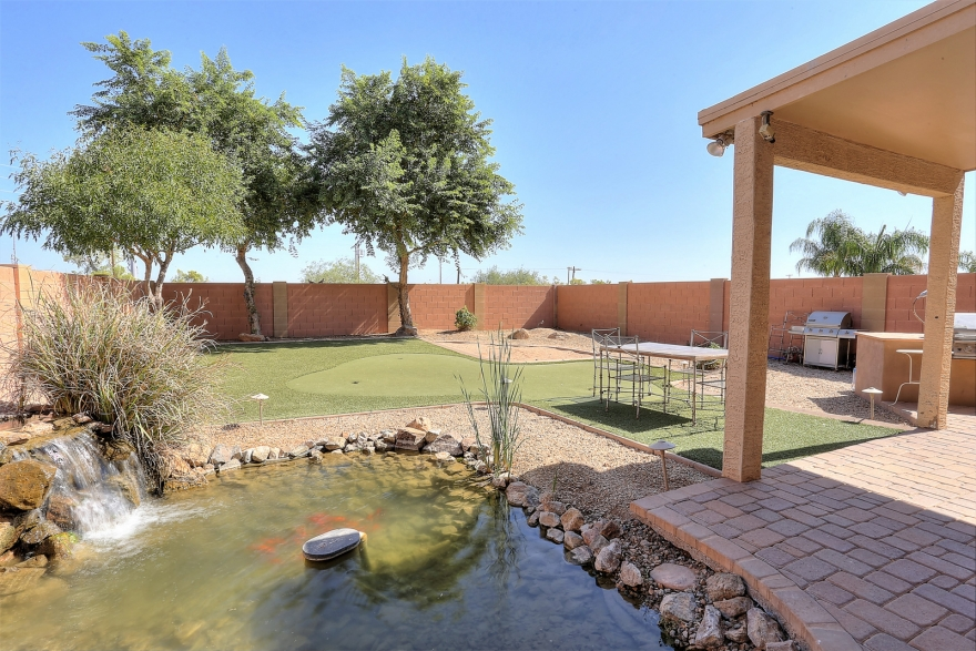 NEW LISTING! 31049 N KAREN AVE, San Tan Valley, AZ 85143 | Exclusively listed by Signature Realty Solutions 480-422-5358