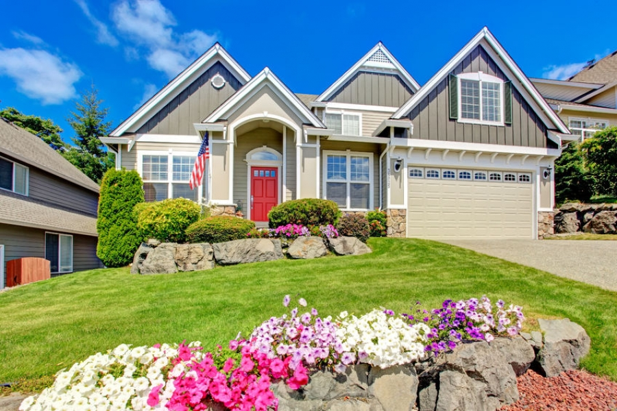 The Right Landscaping Can Increase Your Home's Value