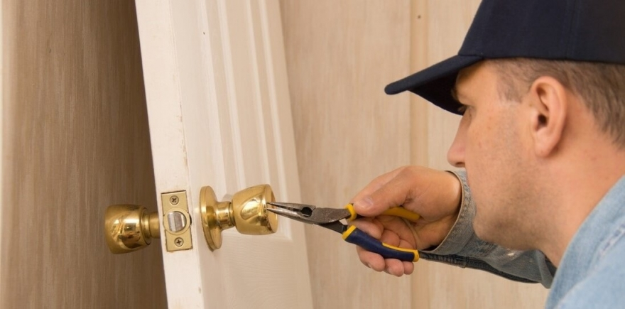 Finding a Professional and Reliable Locksmith