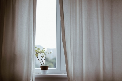 Choosing Window Treatments: Pros and Cons
