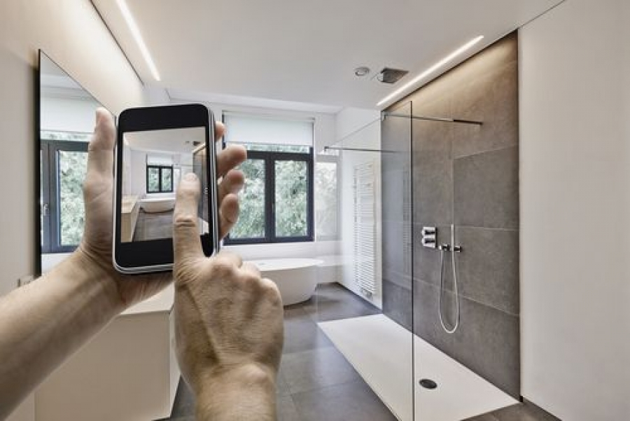 Useful Smartphone Features for Taking Outstanding Photos of Homes