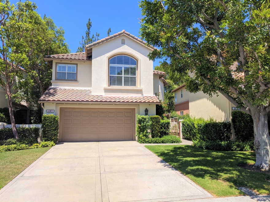 JUST LISTED in Tustin!
