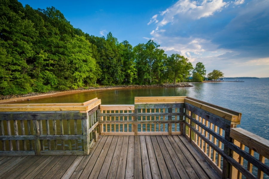 Lake Norman Real Estate: A Lakefront Lifestyle to Invest In