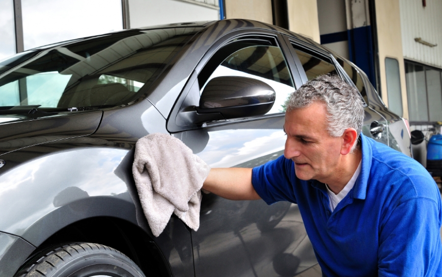 How to take care of a new car so that it lasts longer