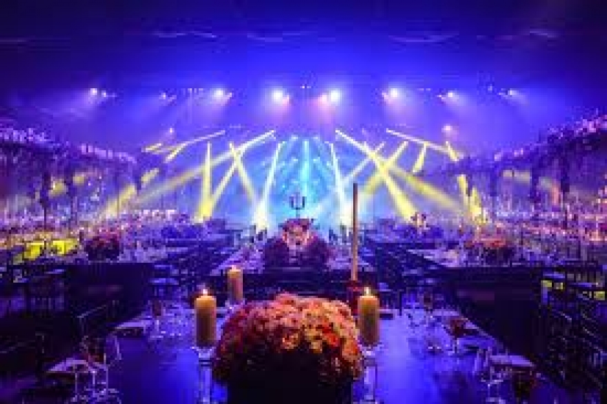 Check Out These Lightnings Ideas to Make Your Event Amazing