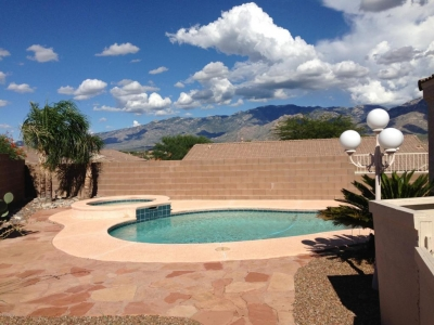 Real Estate with Pools Less Than $300K in Oro Valley, AZ-WOW