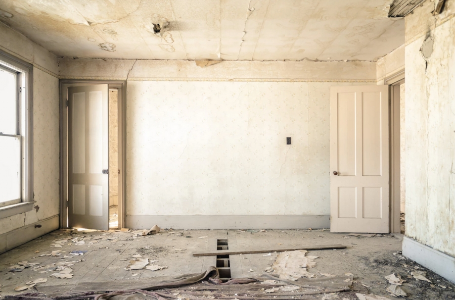 4 Steps to Take When Preparing a Large Renovation Project for Your New Home