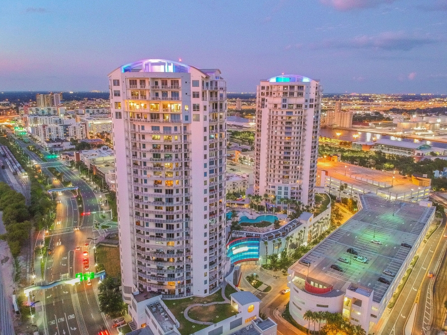 PENTHOUSE IN TOWERS OF CHANNELSIDE SELLS FOR $1.68 MILLION