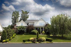 Landscaping Tips That Will Wow Buyers