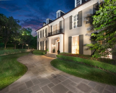 Minnette Murray at the Dallas/Park Cities office of Coldwell Banker Residential Brokerage presents this stately estate home in Bluffview for $6.75 million.