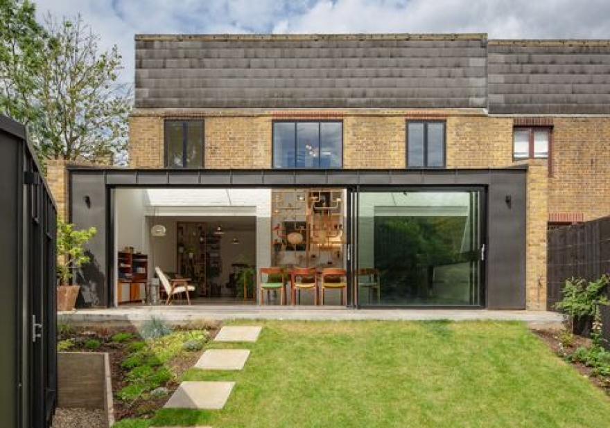 Moving vs a House Extension Project - What Makes More Sense for You