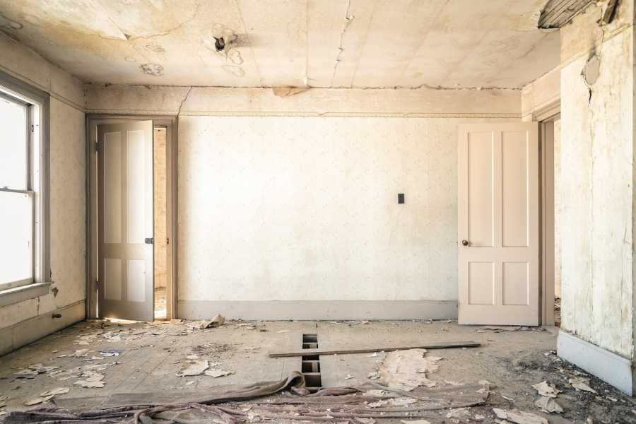 Should You Buy a Fixer-Upper?
