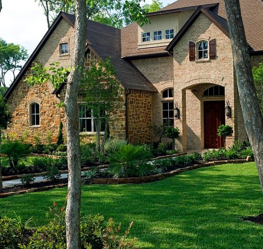 Wow Home Buyers With These 5 Front Yard Landscaping Tips