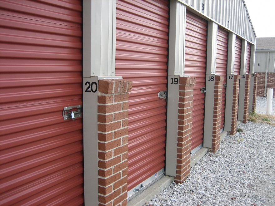 5 Key Advantages of Climate Controlled Storage Units