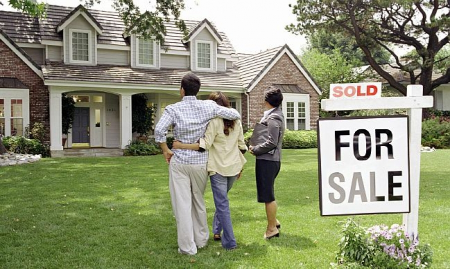 Does It Makes Sense To Buy A New House Before Selling The Old One?